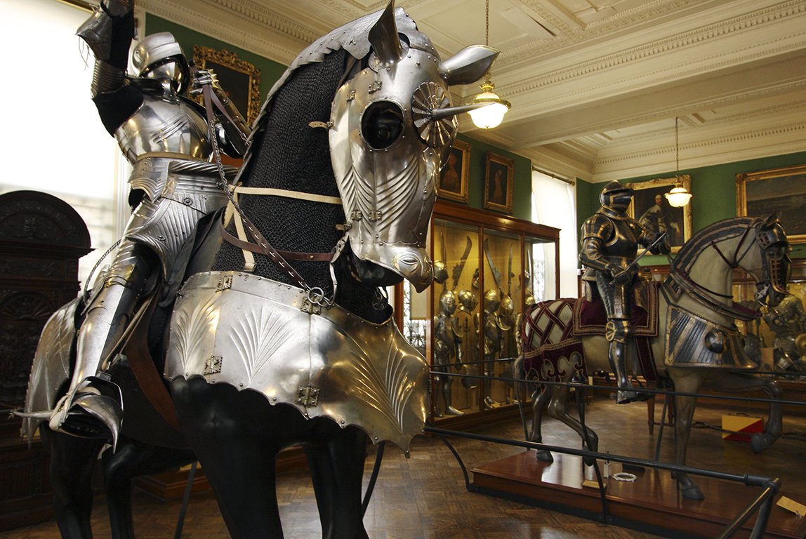 wallace-collection-1200-european-armoury