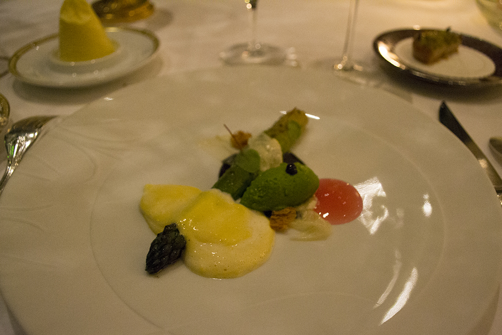le-cinq-restaurant-paris-four-seasons-george-v-christian-le-squer-tres-estrelas-three-stars-michelin-1100-3